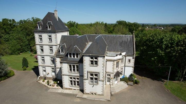 Chateau tertre