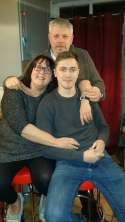 lovely photo tom with mum and dad